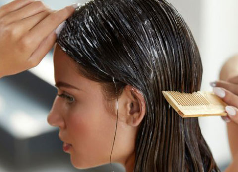 کراتینه کردن مو در خانه - چگونه در خانه موهای خود را کراتینه کنیم ؟